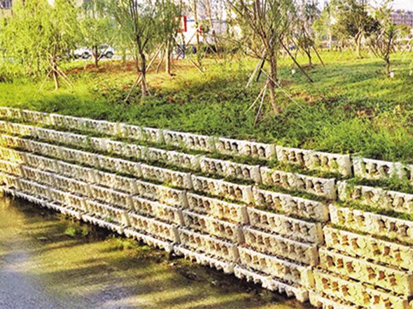 阶梯式挡墙施工